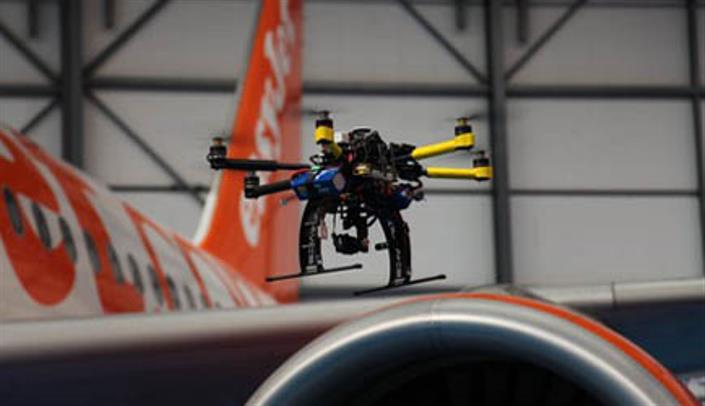 """Gaming drones"" controlled by your smartphone to be introduced by the end of the year"