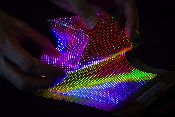 Researchers turn clothes into electronic displays