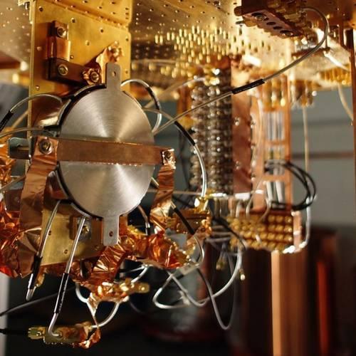 Google buys Quantum computing company