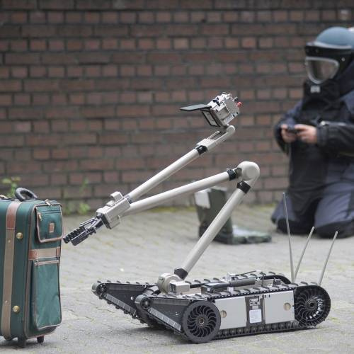 New technology can detect suspect luggage