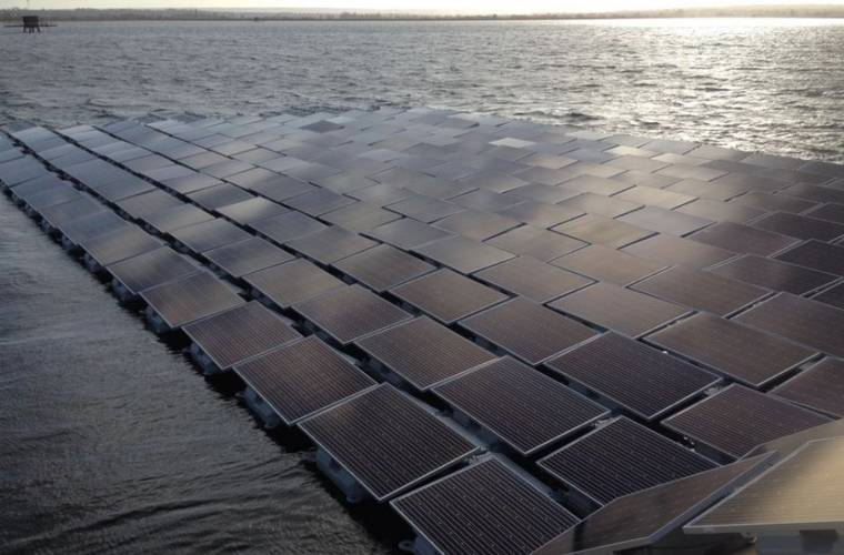 London's Queen Elizabeth II reservoir to hold world's largest floating solar power plant