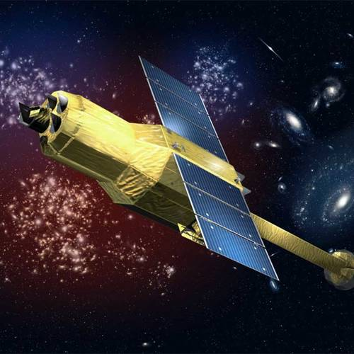 Japanese satellite, thought to be lost, makes contact