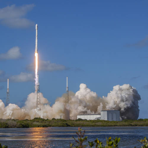 SpaceX successfully lands third rocket in a row