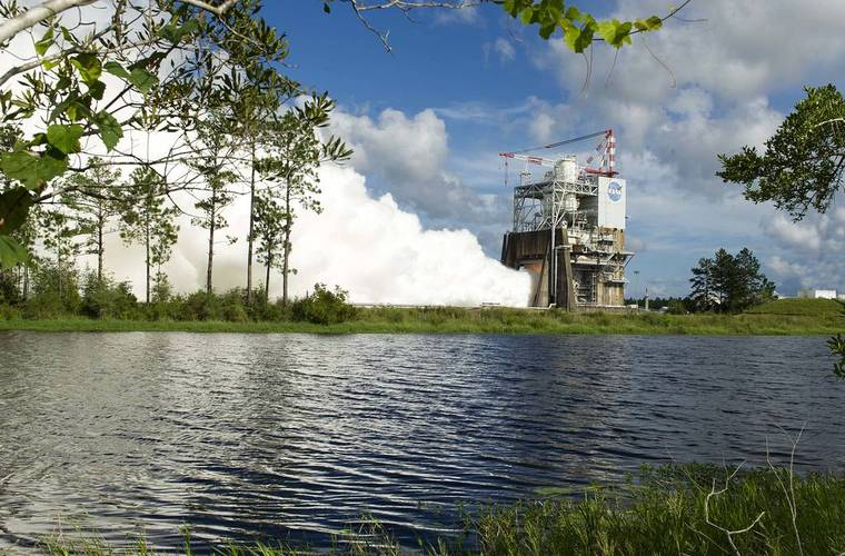 Third successful test of NASAs RS-25 engine; the rocket that might take us to Mars