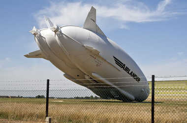 engineering careers  Airlander 10 crashes during second test flight