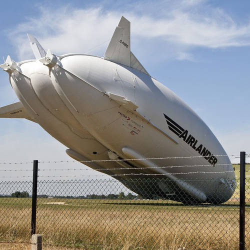 Airlander 10 crashes during second test flight