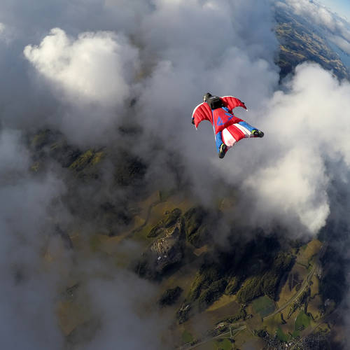 #whyflyfast The Physics of Wingsuits