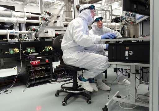 "Engineers have built a 1,000-watt ""super laser"""