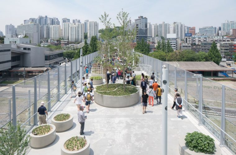 1970s Highway Re-Engineered into Greenery-Filled Walkway