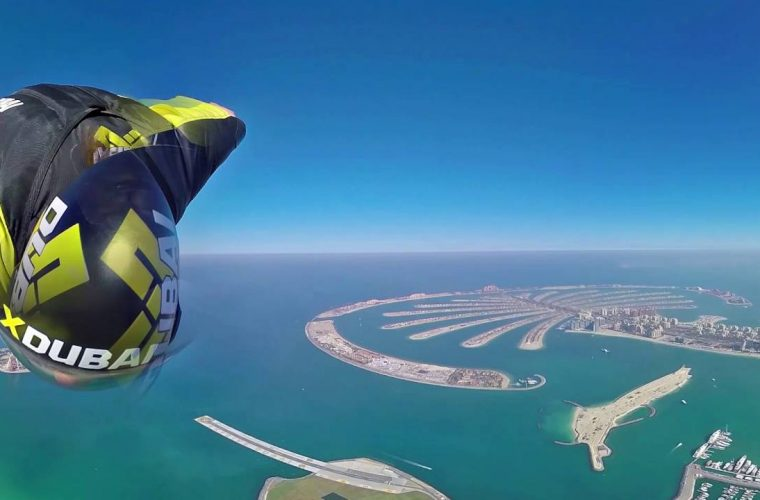 #whyflyfast – 360 VR Wingsuit Jump above Dubai