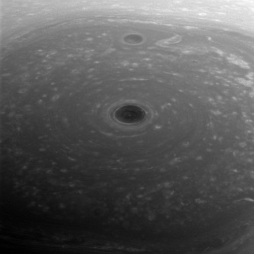 Cassini spacecraft reveals the bizarre vortex at the center of Saturn's 'hexagon'