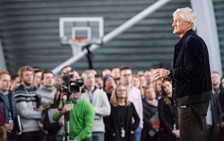 Dyson will start making electric cars in 2020