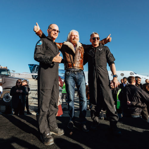 Richard Branson announces his own plans to travel to space