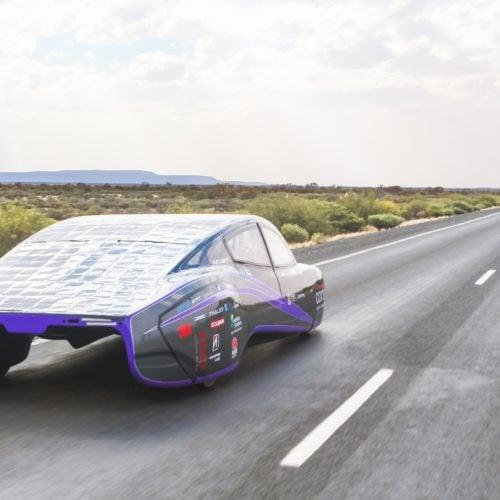 Solar-powered car breaks efficiency world record