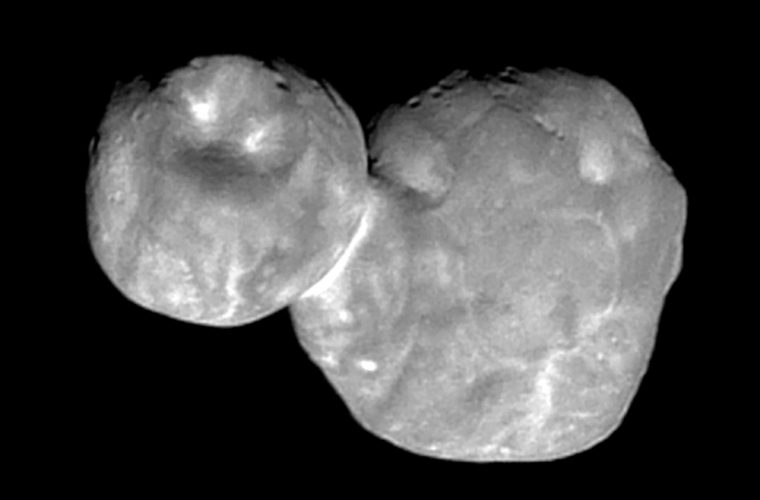 New Horizons flyby starts to delivers results