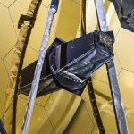 NASA successfully deploys the James Webb Telescope's HUGE mirror