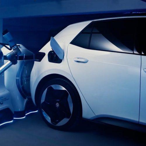 VW reveal working prototype of autonomous robotic charging point