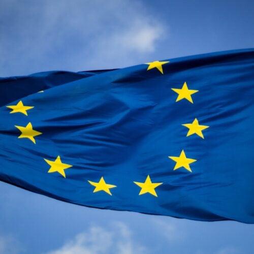 EU sets sights on charging ports