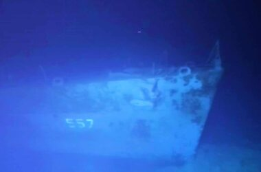 World's deepest shipwreck dive reaches US navy ship
