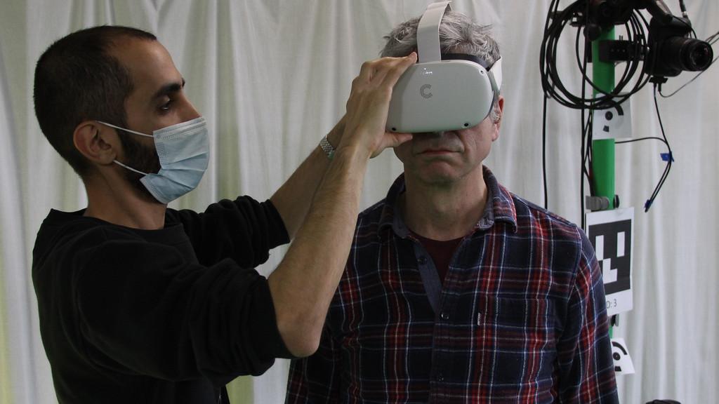 VR improves balance in older people